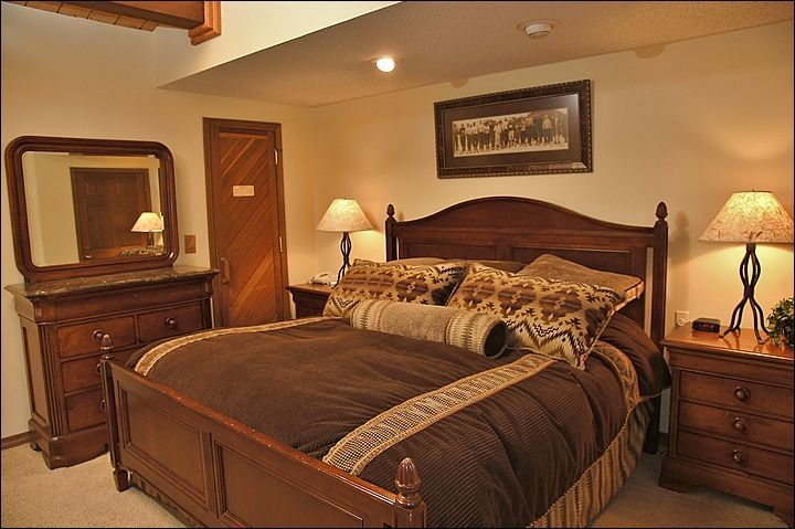 Steamboat CO-Lodging weekend-The Phoenix Condominiums