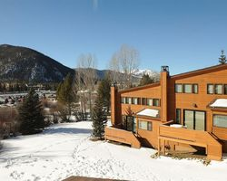 Ski Vacation Package - Aspen Ridge Condominiums