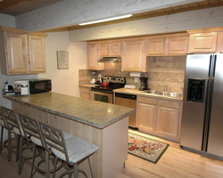 Aspen Colorado-Lodging holiday-Chateau Chaumont Condominiums