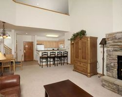 Keystone CO-Lodging weekend-Gateway Mountain Lodge-3 Bedroom Premier Condominium Max Occup 8