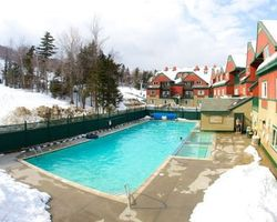 Mount Snow VT-Lodging holiday-Grand Summit Hotel