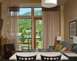 Jay Peak VT-Lodging expedition-Hotel Jay-2 Bedroom 2 Bath Suite Max Occup 6