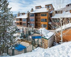 Steamboat CO-Lodging holiday-Kutuk Condominiums