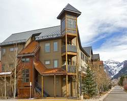 Telluride Colorado-Lodging vacation-Lulu City Condos - Alpine Lodging