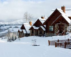 Ski Vacation Package - Mountain Lodge Telluride