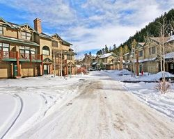Keystone CO-Lodging expedition-Northstar Townhomes