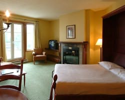 Mt Tremblant Quebec-Lodging holiday-Place St-Bernard - Les Suites Tremblant