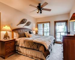 Breckenridge CO-Lodging expedition-Riverbend Lodge-3 Bedroom w Den Penthouse Condominium Max Occup 8