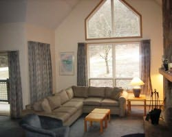 Mount Snow VT-Lodging expedition-Seasons Condominiums