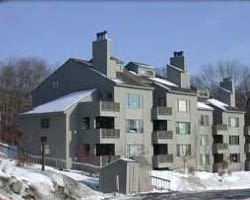 Mount Snow VT-Lodging holiday-Snow Tree Condominiums