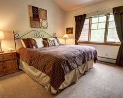 Keystone CO-Lodging excursion-Starfire Townhomes-3 Bedroom 2 Bath Premier