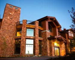 Ski Vacation Package - Stag Lodge