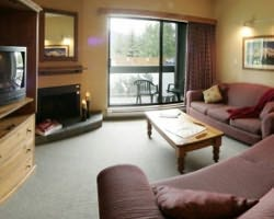 Whistler Blackcomb-Lodging weekend-Tantalus Lodge