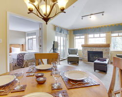 Whistler Blackcomb-Lodging trek-Tyndall Stone Lodge-1 Bedroom Condominium Max Occup 4