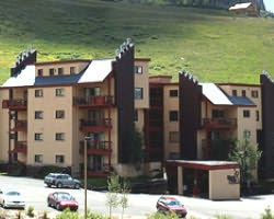 Crested Butte Colorado-Lodging outing-Woodcreek Condominiums - CBMR
