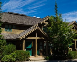 Whistler Blackcomb-Lodging trip-The Woods - Whistler Premier-3 Bedroom Townhome w Hot Tub Max Occup 8