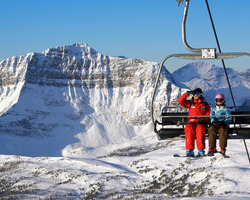 Banff Lake Louise Sunshine-Special Hot Deal trip-Get Your 5th Night Free at Douglas Fir Resort