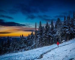 Mt Tremblant Quebec-Special Hot Deal trek-Save 15 - 20 off on Les Suites Tremblant Properties -Save up to 15-20 at Les Suites Tremblant Properties