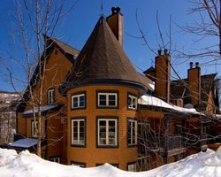 Ski Vacation Package - Save up to 30% at Tremblant Sunstar properties!