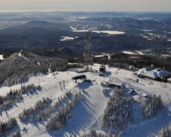 Mt Tremblant Quebec-Special Hot Deal outing-Save up to 20 at Tremblant Sunstar Properties