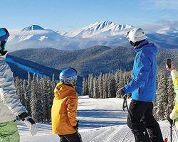 "Ski Vacation Package - Save BIG at Keystone with """"Kids Ski Free"" promo!"