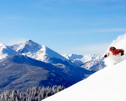 Ski Vacation Package - Save from 20-30% at the Antlers at Vail when you book by October 15th!