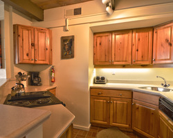 Snowmass CO-Lodging excursion-Aspenwood Condominiums - Destination Resorts-2 Bedroom Deluxe Max Occup 6