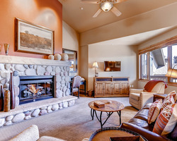 Steamboat CO-Lodging holiday-Christie Club Condominiums