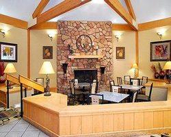 Beaver Creek CO-Lodging trip-Comfort Inn Vail Beaver Creek-Hotel Room - 2 Queens Max Occup 4
