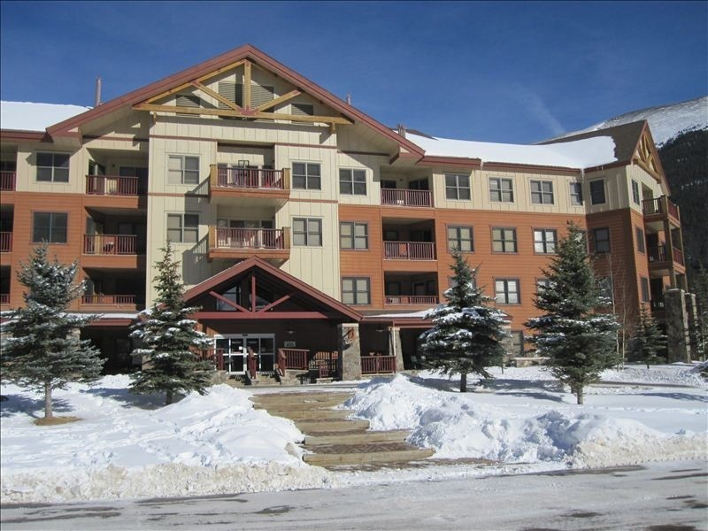 Copper Mountain CO-Lodging travel-Copper Springs Neighborhood Copper Mountain