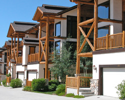 Steamboat CO-Lodging holiday-Cross Timbers Townhomes