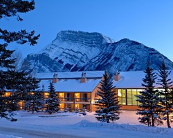 Banff Lake Louise Sunshine-Special Hot Deal outing-Get Your 5th Night Free at Douglas Fir Resort