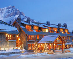 Ski Vacation Package - 25% off your visit to Banff-Lake Louise! Book by 8/31
