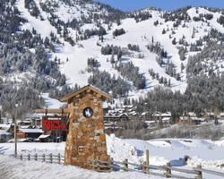 Ski Vacation Package - Granite Ridge Lodge - Rendezvous Mountain Rentals
