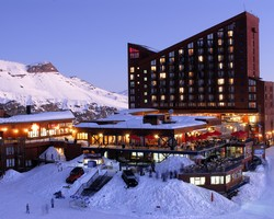 Ski Vacation Package - Hotel Valle Nevado
