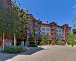 Ski Vacation Package - Iron Horse Lodge