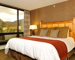 Keystone CO-Lodging trek-Keystone Lodge and Spa-Hotel room with 2 Queen Beds Max Occup 4