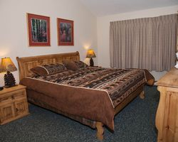 Keystone CO-Lodging excursion-Lakeside Village Condominiums-Studio Premier