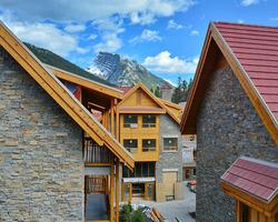 Ski Vacation Package - Moose Hotel & Suites