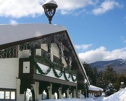 Ski Vacation Package - Northern Lights Lodge