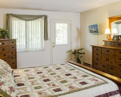 Loon NH-Lodging travel-Nordic Inn Condominium Resort