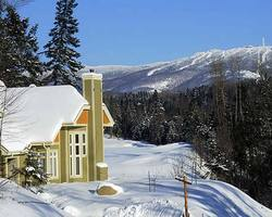 Mt Tremblant Quebec-Lodging vacation-Oasis Condominiums