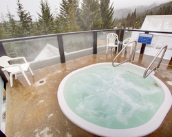 Whistler Blackcomb-Lodging vacation-Powderhorn - ResortQuest