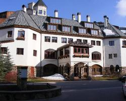 Post Montane Lodge