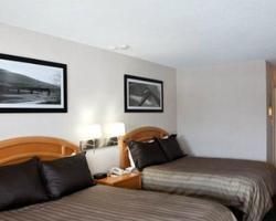 Revelstoke BC-Lodging trek-Sandman Hotel Revelstoke