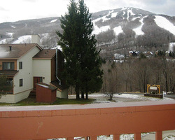 Mount Snow VT-Lodging excursion-Snow Mountain Village Condos