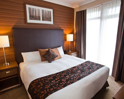 Revelstoke BC-Lodging vacation-Sutton Place Hotel Revelstoke-1 Bedroom Suite Max Occup 4