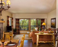 Breckenridge CO-Lodging trek-Village at Breckenridge-1 Bedroom Condominium