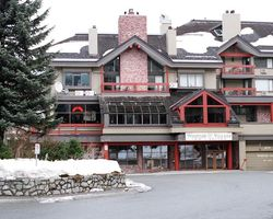 Whistler Blackcomb-Lodging expedition-Whistler Village Inn and Suites