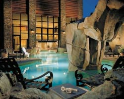 Jackson Hole-Special Hot Deal vacation-Save an extra 10 and get FREE breakfast at the Snake River Lodge when you book by October 1st